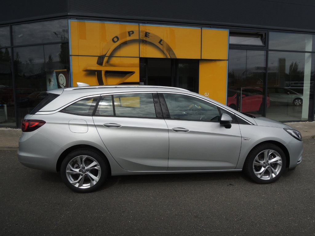Opel Astra ST INNOVATION 1,4T AT6 150k