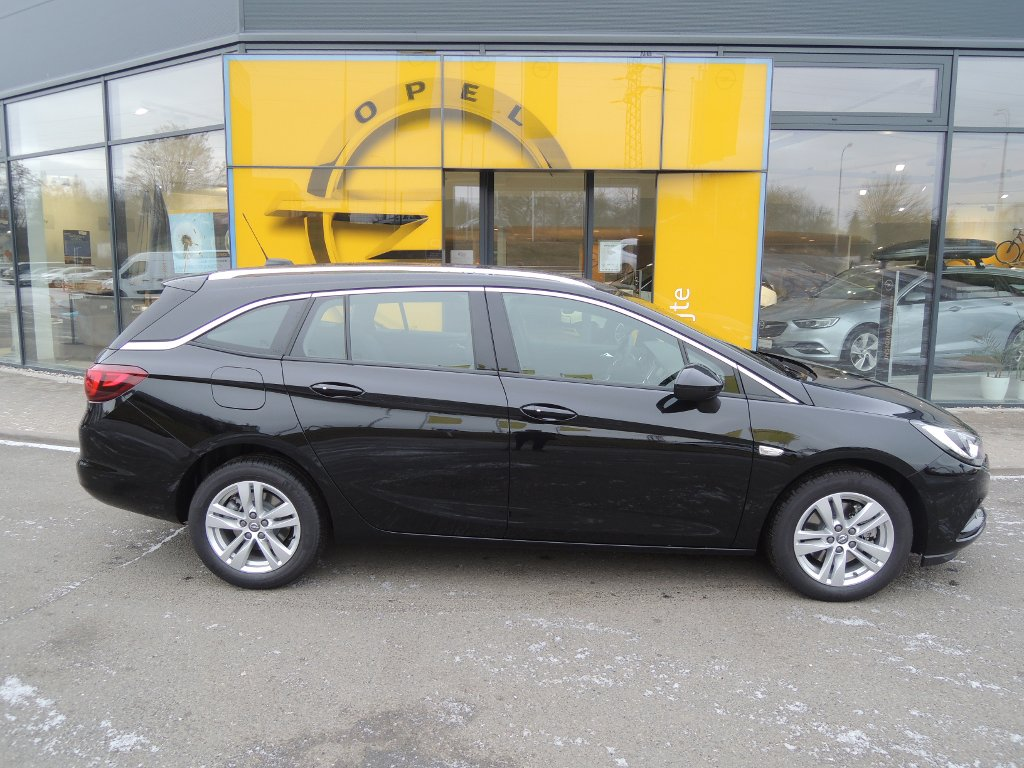 Opel Astra ST INNOVATION 1.6CDTI 136K