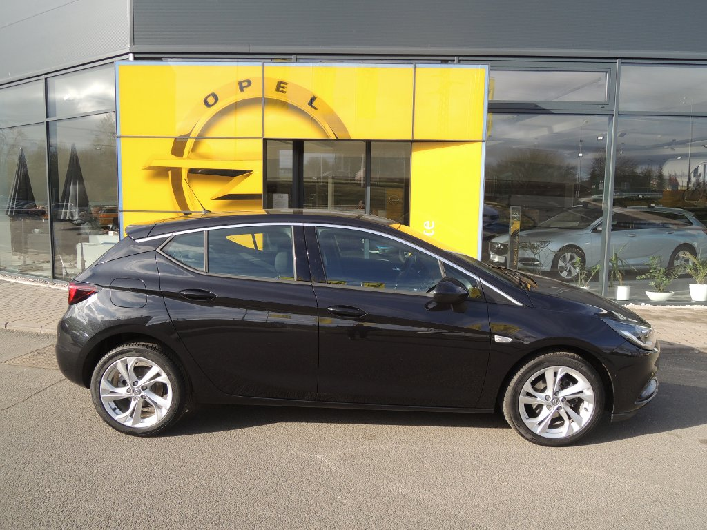 Opel Astra Dynamic 1.4Turbo 110kW/150k