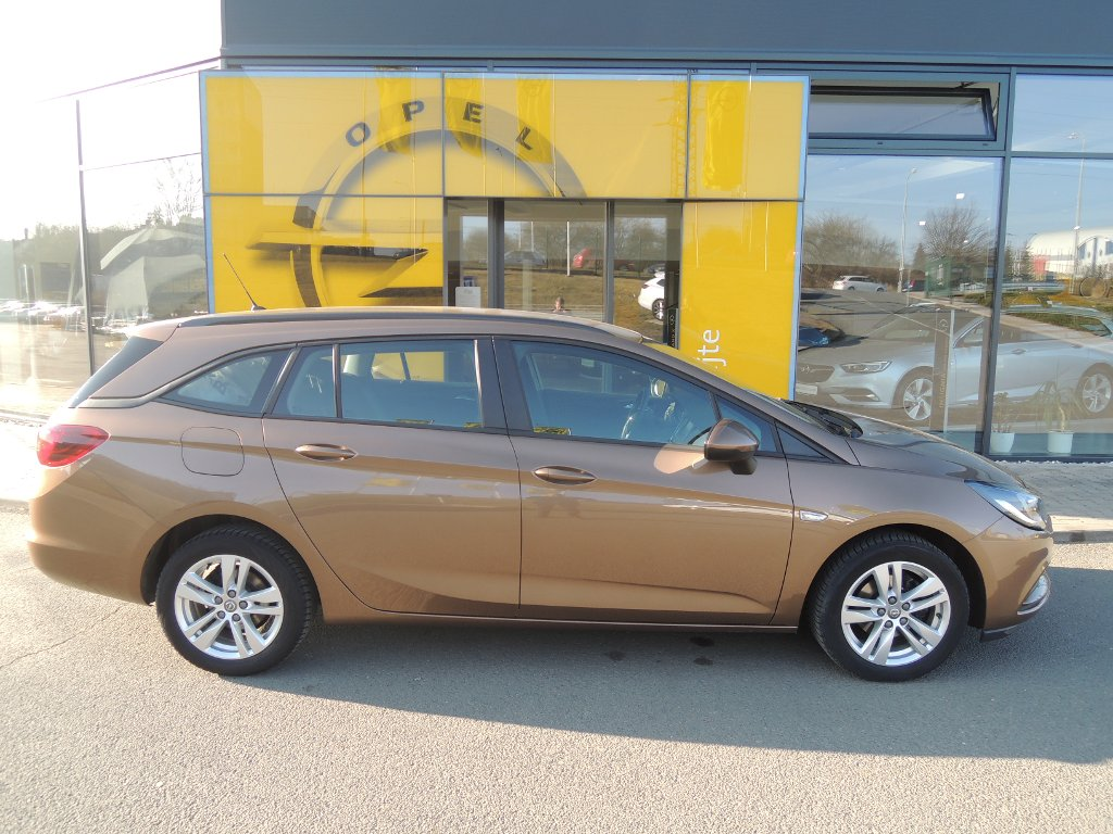 Opel Astra Enjoy 1.6 CDTi 81kW/110k MT6