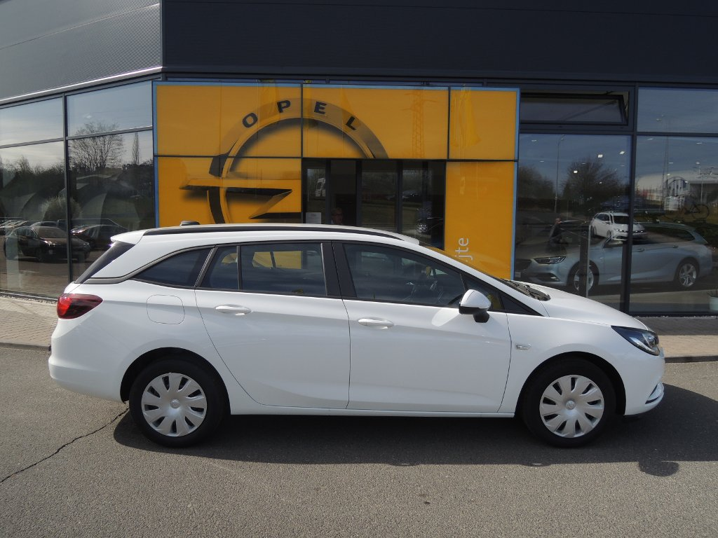 Opel Astra ST SMILE 1,4 T 92kW/125K MT6